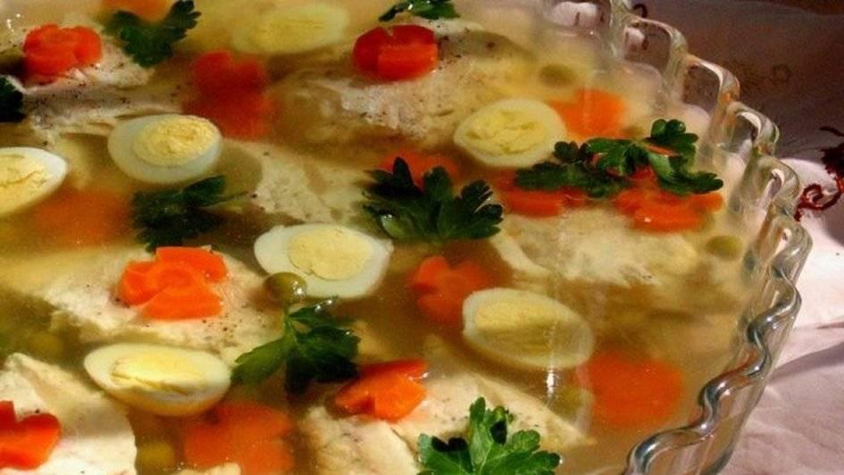 Заливное из рыбы – вкусное блюдо по простым и понятным рецептам
