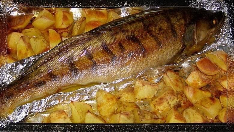 Как приготовить речную рыбу в духовке
