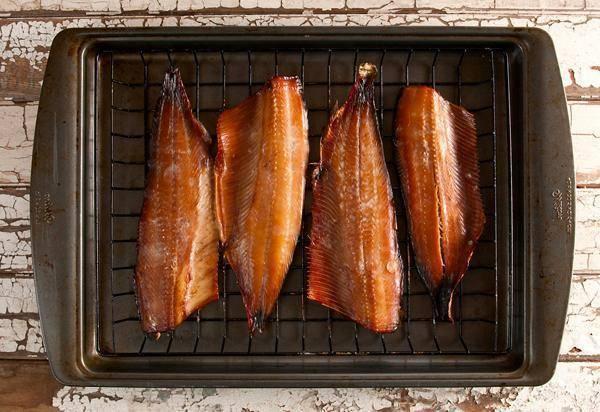 Осетр горячего и холодного копчения: рецепты, как закоптить в коптильне