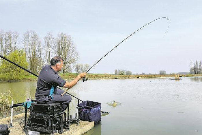Дальний заброс с глухим поплавком - спортивное рыболовство