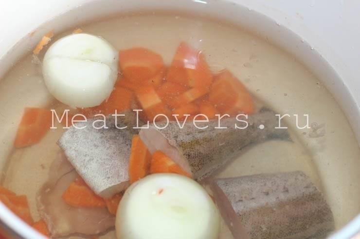 Уха из минтая — 6 вкусных рецептов приготовления