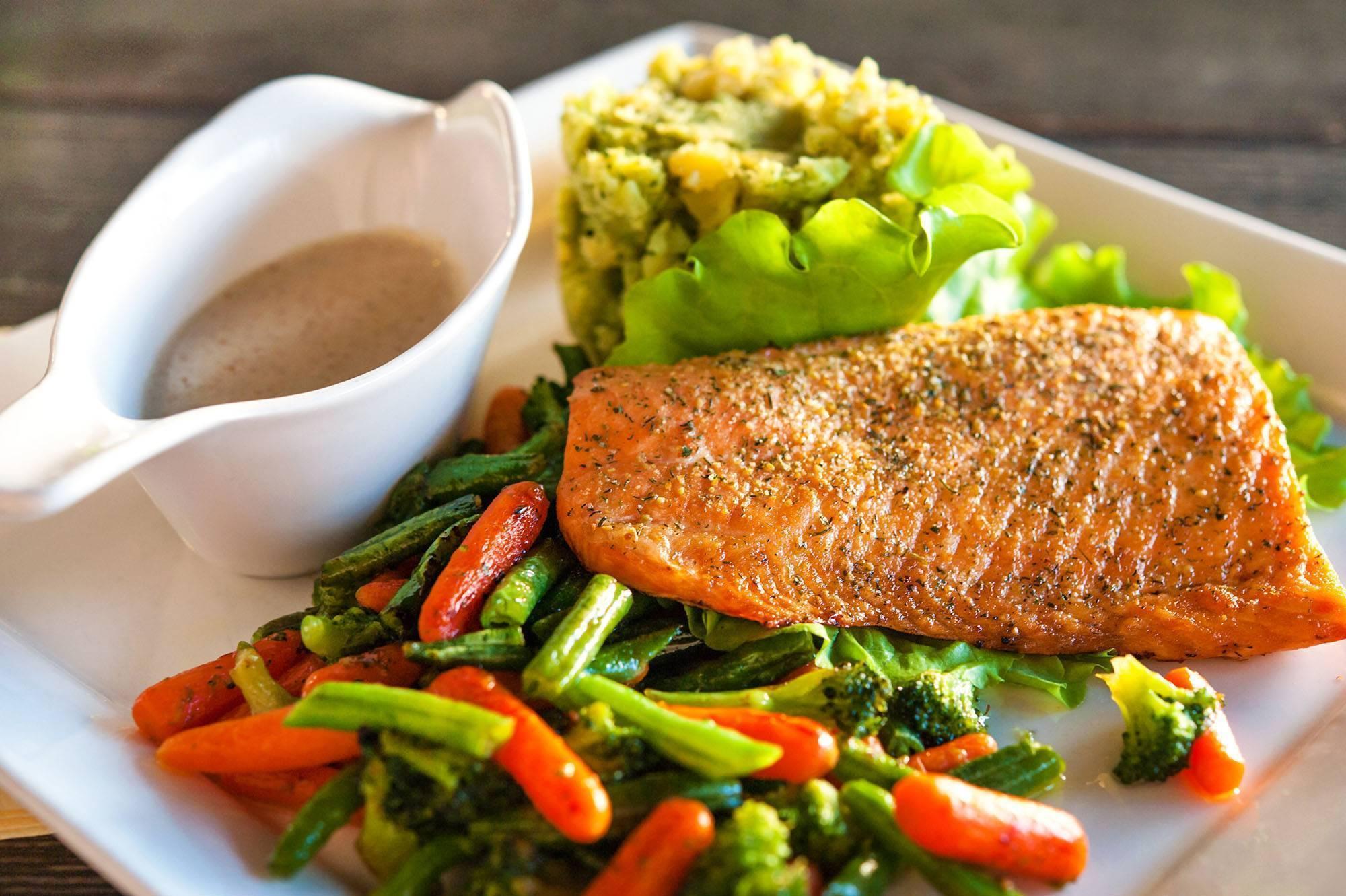Гарнир к рыбе - лучшие рецепты из овощей или риса к жареной, запеченной рыбе