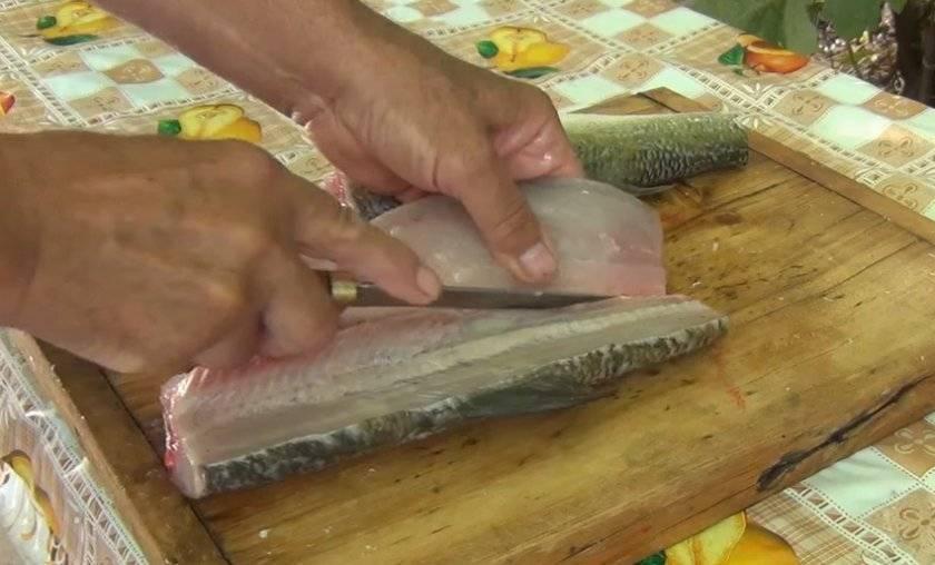 Рыба запеченная в фольге и духовке - 5 простых и вкусных рецептов с фото пошагово