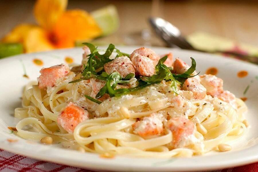 Фетучини с семгой: в сливочном соусе и другие рецепты приготовления в домашних условиях