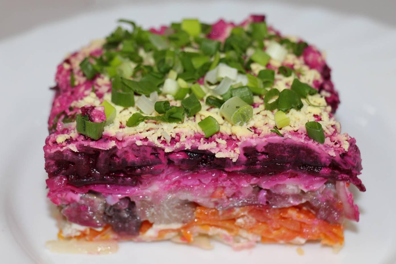 Салат семга под шубой – традиционная закуска с «изюминкой»: рецепты с фото и видео