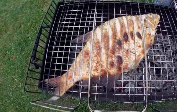 Рыба, запеченная в духовке - рецепт с фото. как вкусно приготовить целиком или кусочками
