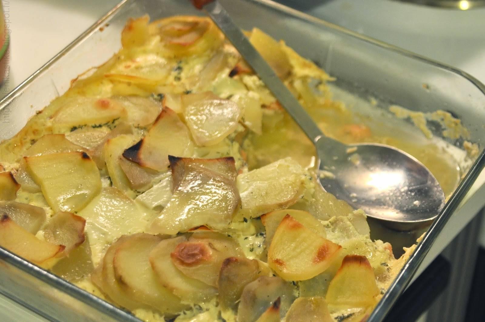 Рыба запеченная в духовке с картофелем рецепт с фото пошагово - 1000.menu