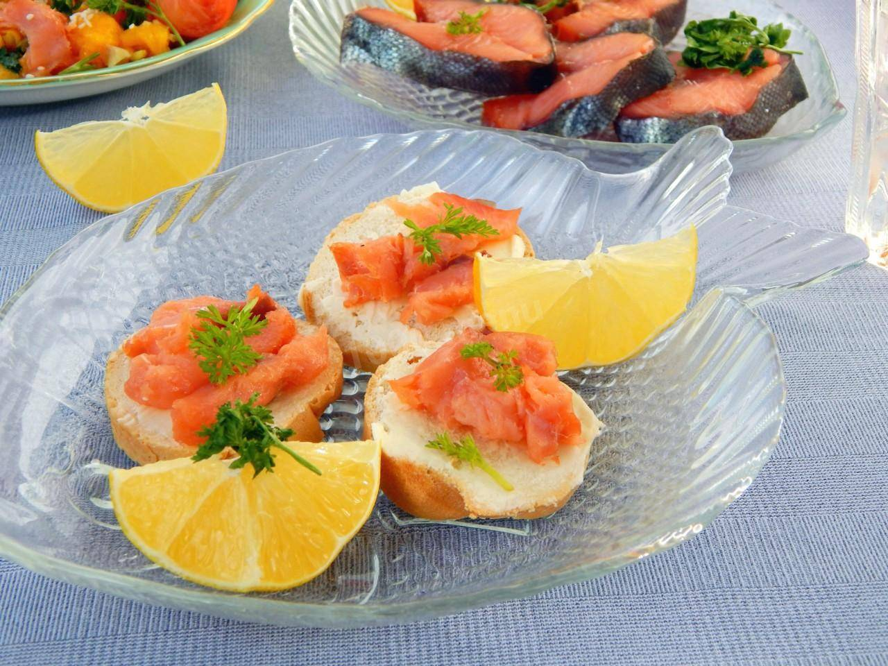 Бутерброды на праздничный стол - 20 простых, вкусных и недорогих рецептов с фото