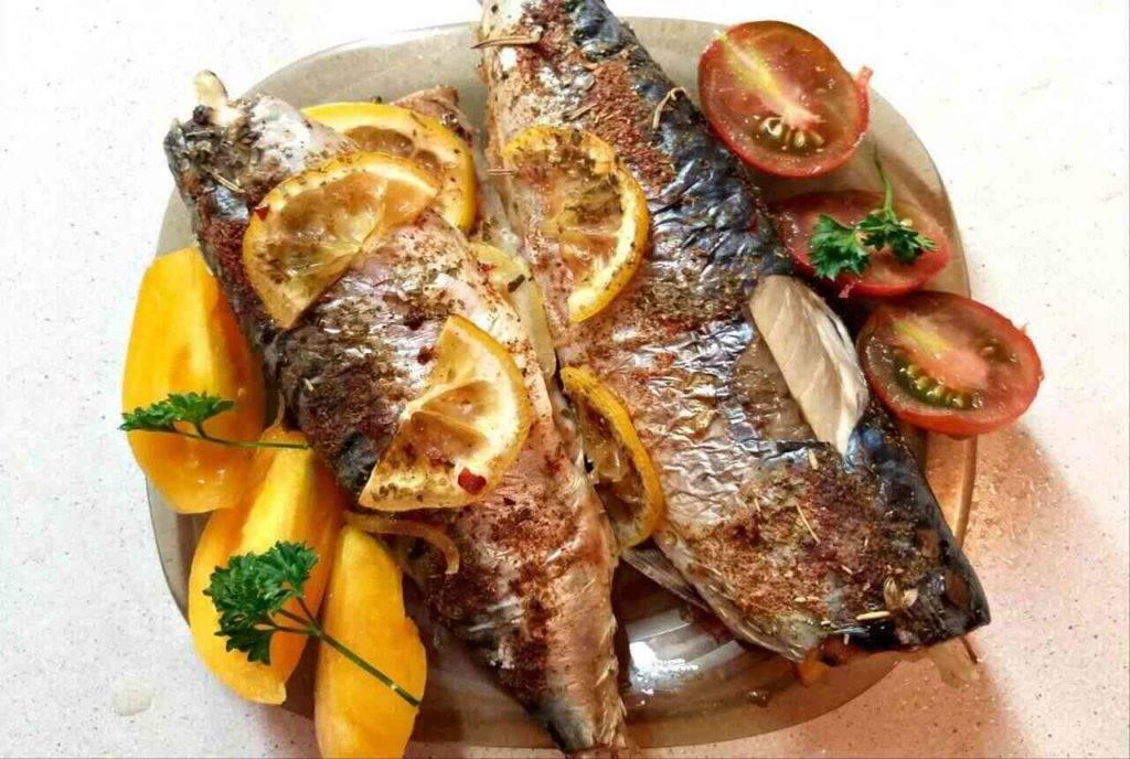 Запечённая форель с картофелем и тимьяном – кулинарный рецепт