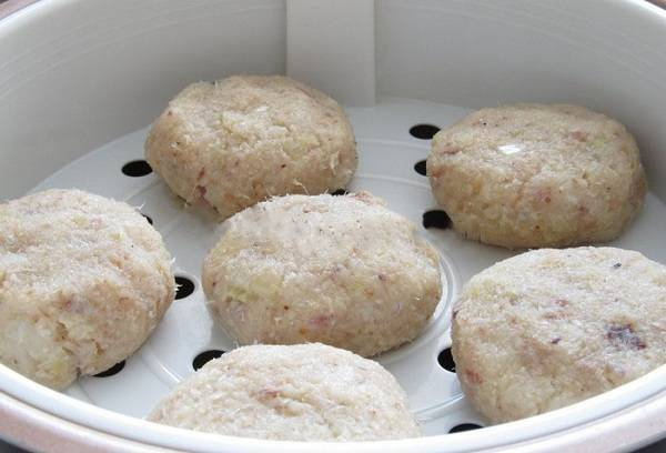 Куриные котлеты в мультиварке на пару - рецепт с фото паровых котлет