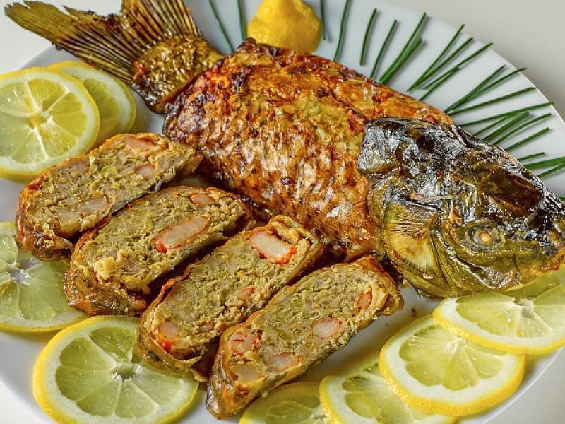 Как приготовить сазана - 9 лучших рецептов
