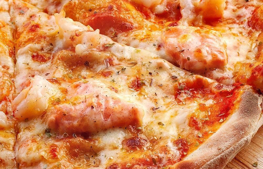 Пицца сосливочным сыром илососем - кулинарный рецепт с пошаговыми инструкциями | foodini
