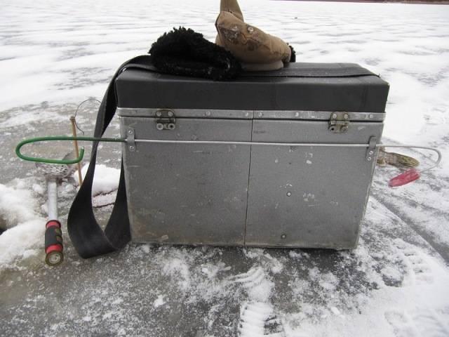 10 лучших ящиков для зимней рыбалки - рейтинг 2020