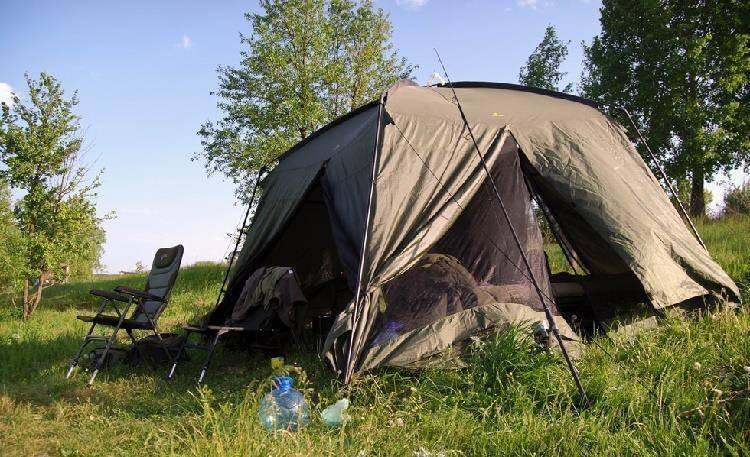 Как выбрать палатку для рыбалки и туризма: параметры зимних и летних моделей для отдыха на природе   умный выбор   яндекс дзен
