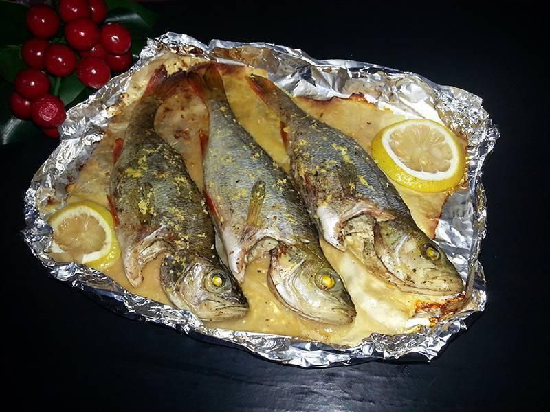 Морской окунь в духовке: 4 рецептов с фото