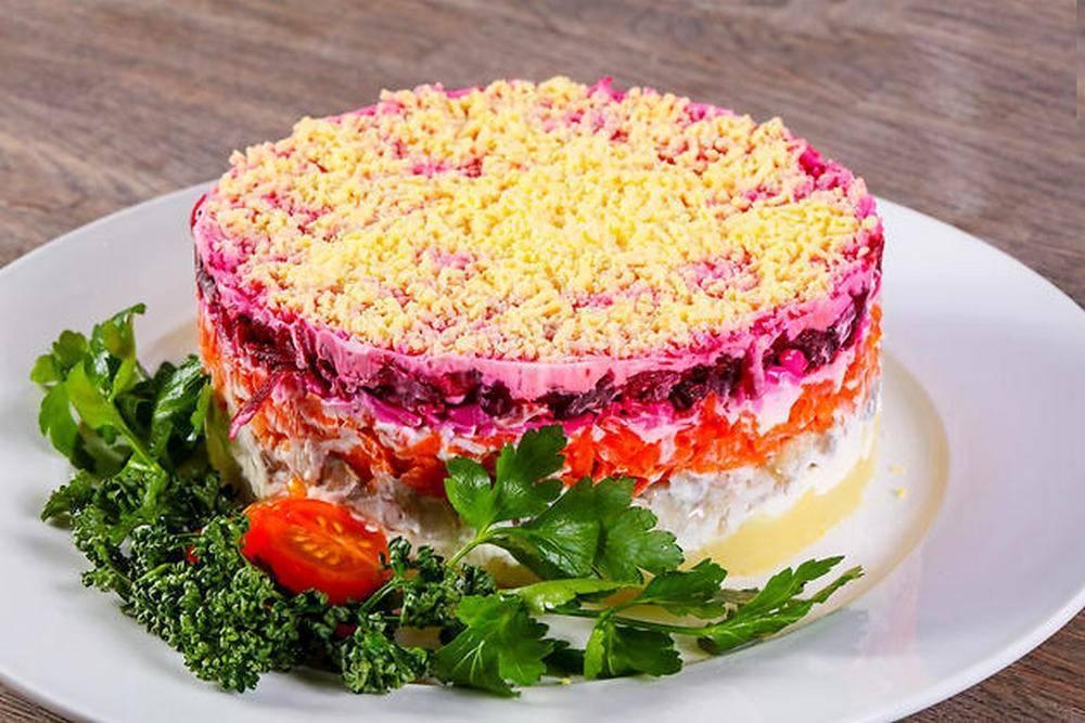 Селедка под шубой — 6 классических рецептов селедки под шубой + последовательность слоев