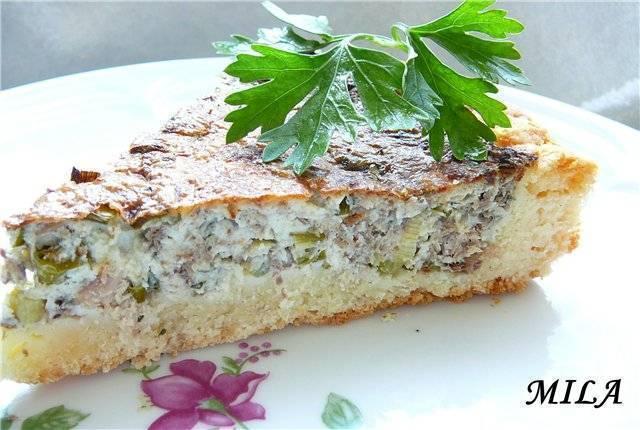 Заливной рыбный пирог с консервами на кефире в духовке - простые и быстрые рецепты