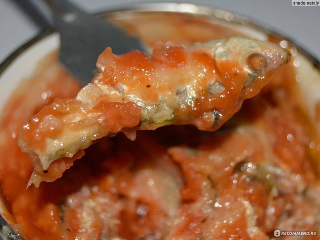 Рыба в томате с луком и морковью тушеная рецепт с фото пошагово и видео - 1000.menu