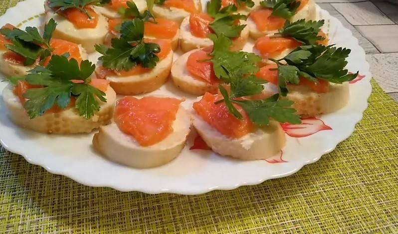 Бутерброды (98 рецептов с фото) - рецепты с фотографиями на поварёнок.ру