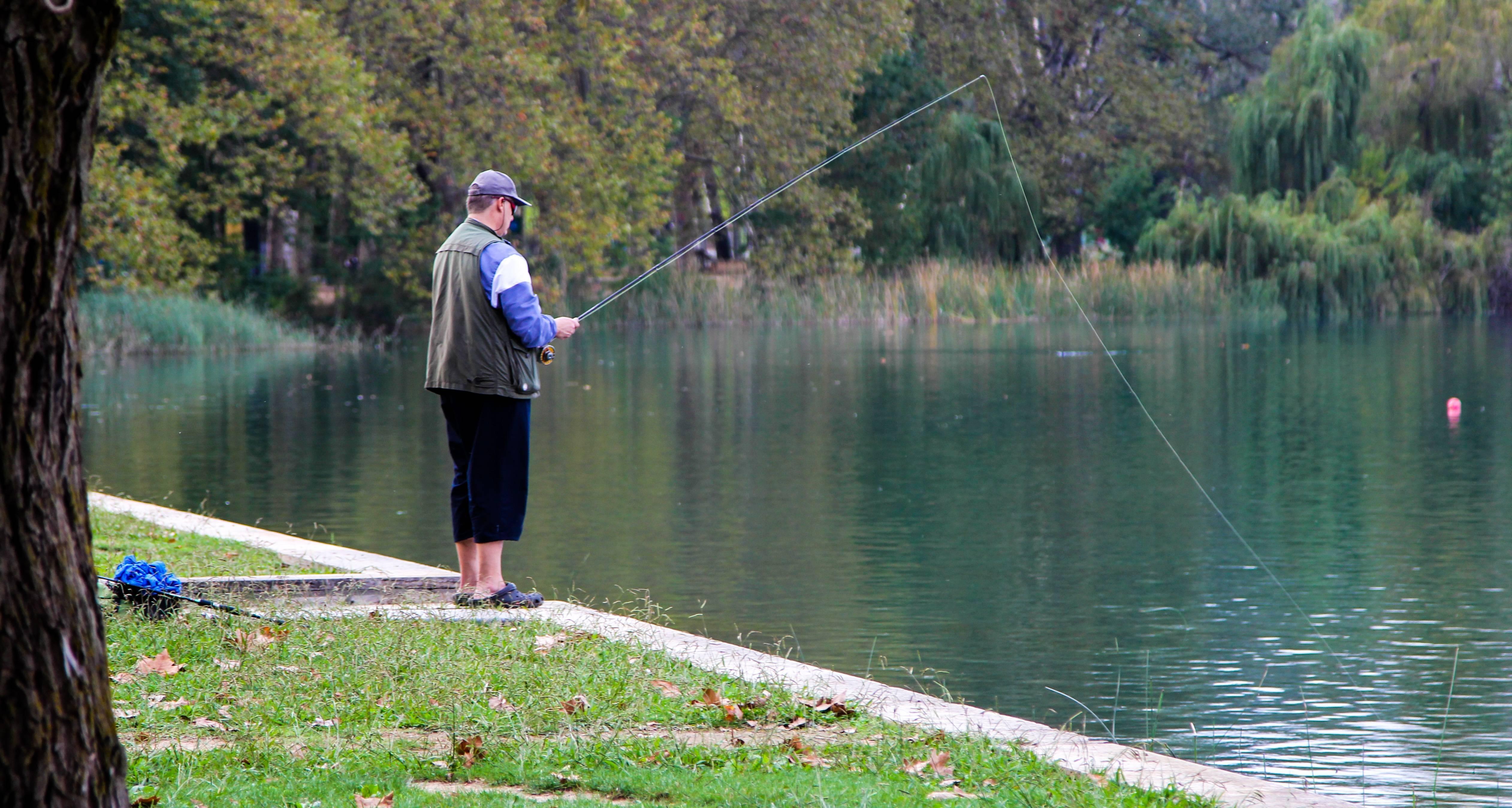 Техника ловли маховой удочкой на озерах и водохранилищах