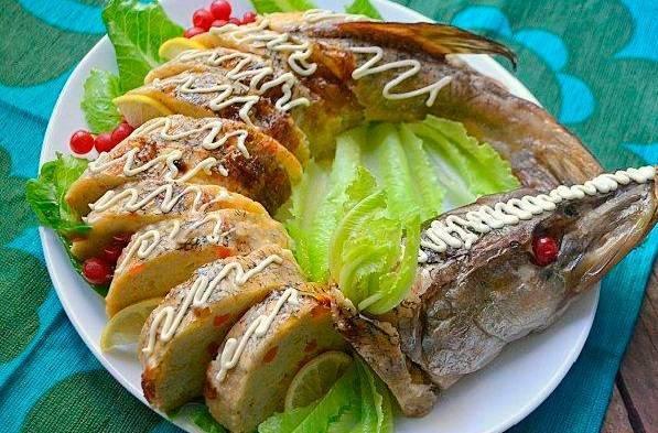 Щука в фольге в духовке: как приготовить, рецепты запеченной рыбы, сколько запекать