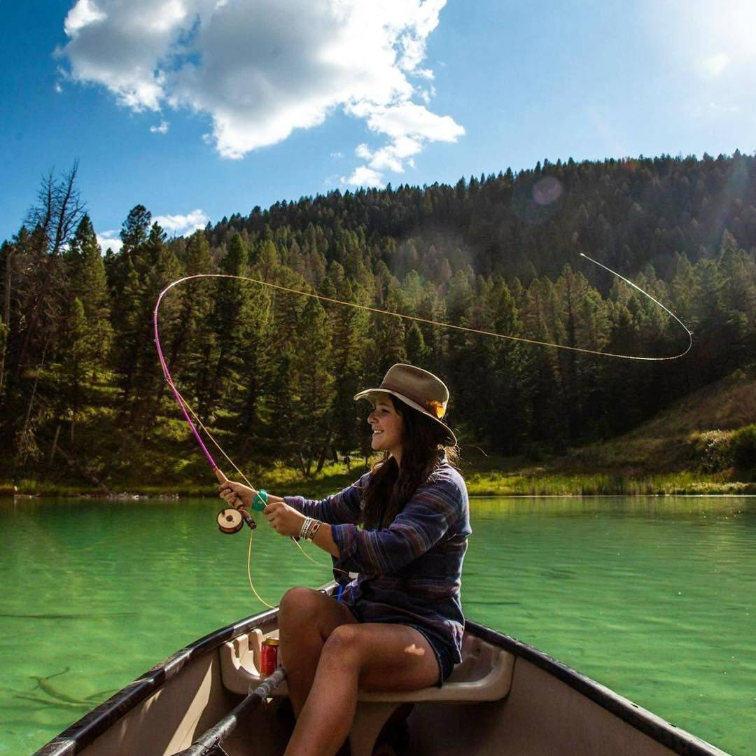 Рыбалка нахлыстом - снасти, техника ловли и приманки