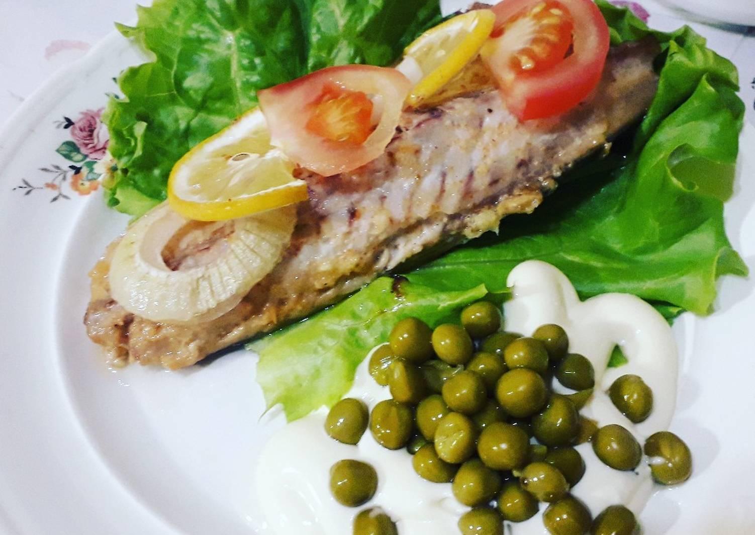 Скумбрия вареная быстро и вкусно рецепт с фото пошагово - 1000.menu