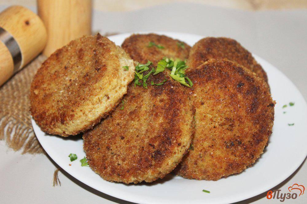 Рыбные котлеты из щуки, горбуши и икры – рецепты в духовке или в мультиварке на пару