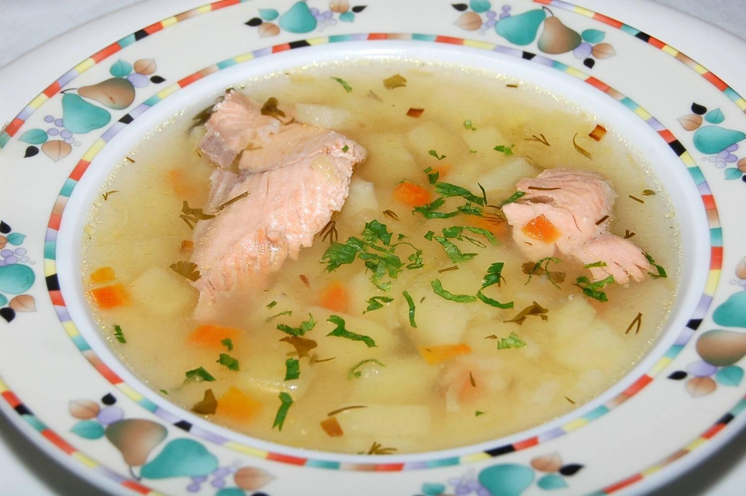 Суп с горбушей и рисом — бюджетно и очень полезно