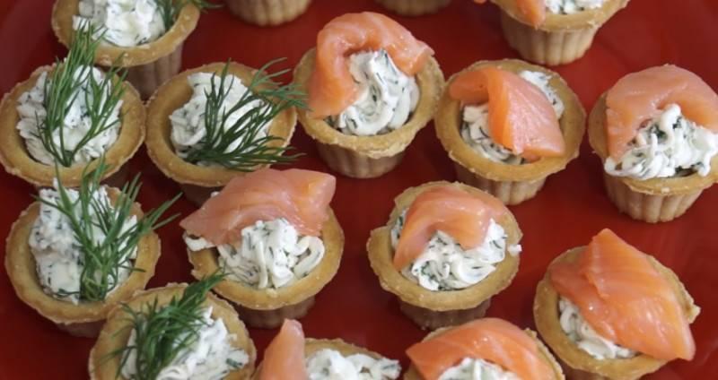 Тарталетки с красной рыбой — 7 вкусных рецептов приготовления