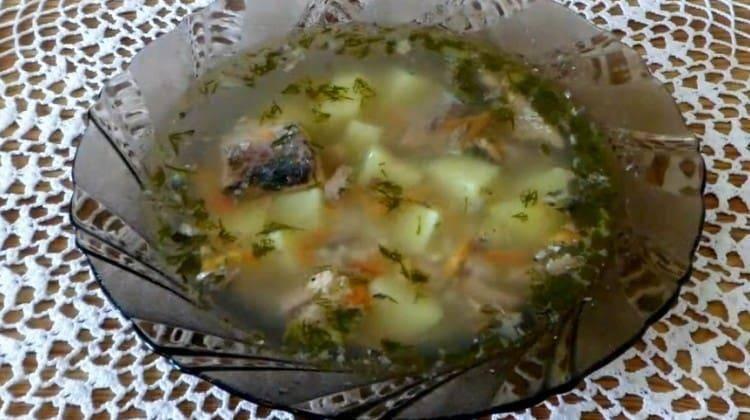 Уха из сайры — рецепт супа из консервированной сайры с рисом