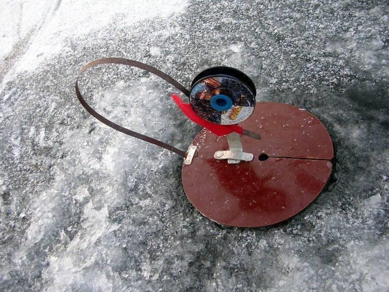 Как правильно сделать жерлицу на щуку своими руками, два простых способа. самодельные жерлицы для зимней рыбалки