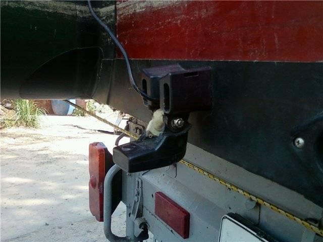 Как крепить эхолот на лодку: типы креплений, способы установки