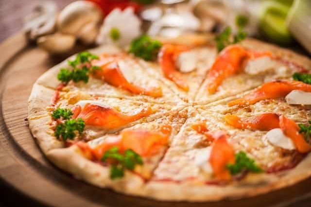 Пицца с рыбой: рецепт приготовления, ингредиенты