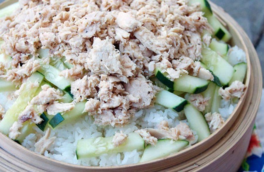Салат мимоза с сайрой - легкий салатик из простых ингредиентов: рецепт с фото и видео