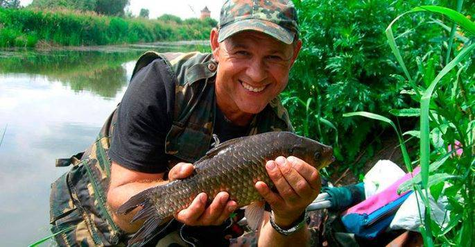 Рыбалка на озере бисерово | ловим все