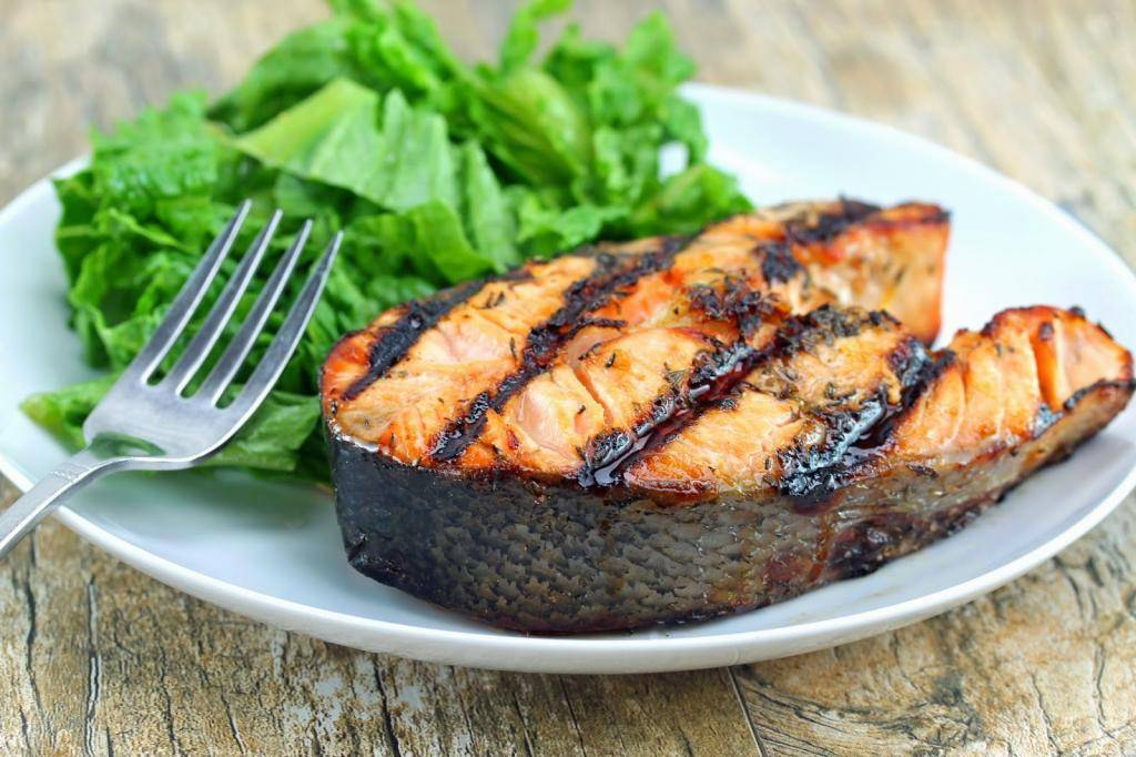 Стейк из лосося на сковороде гриль в медовом соусе (пошаговый рецепт с фото) - pro vkusnyashki