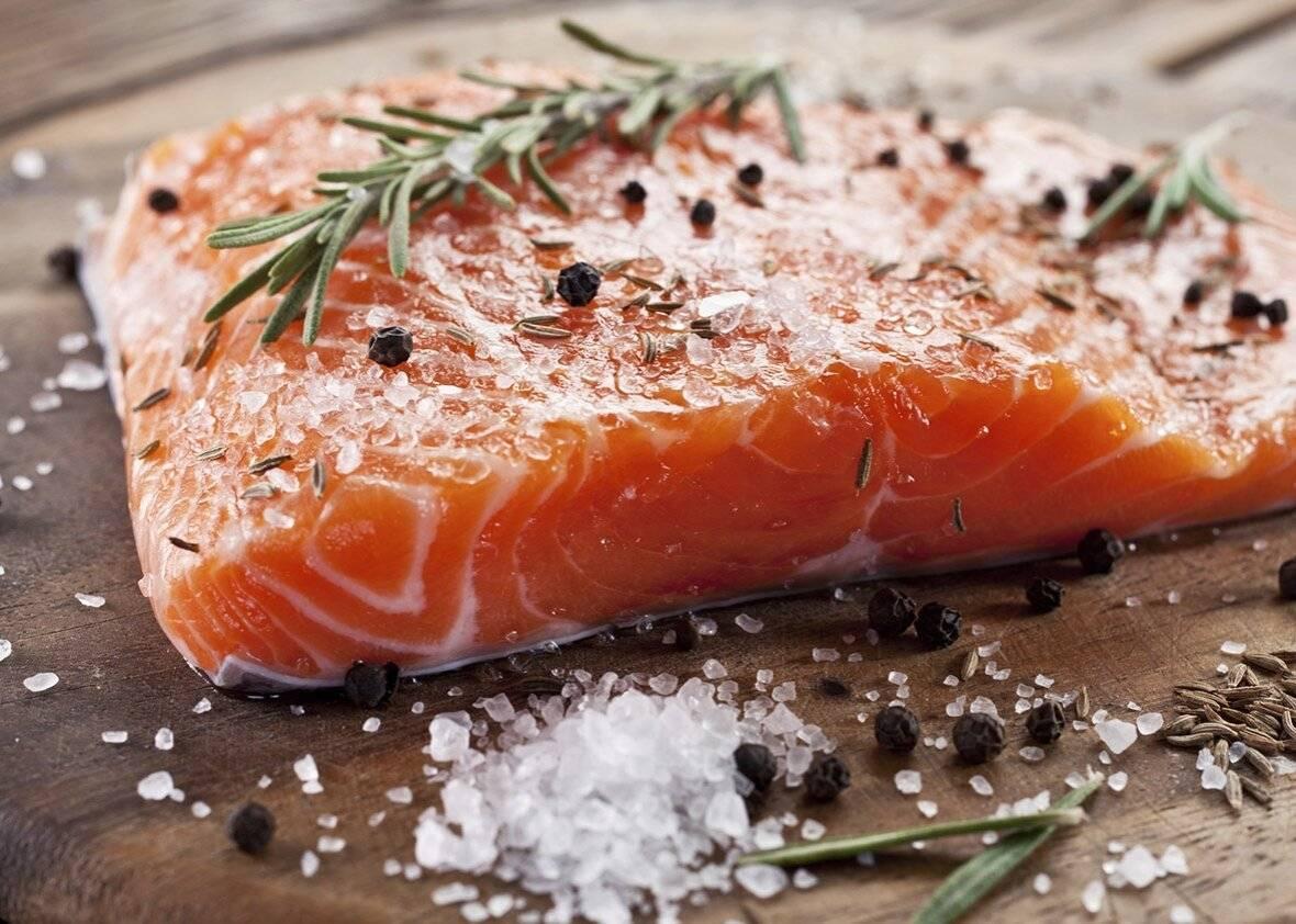 Как быстро разморозить рыбу и сделать это правильно в домашних условиях, в том числе без микроволновки + фото и видео
