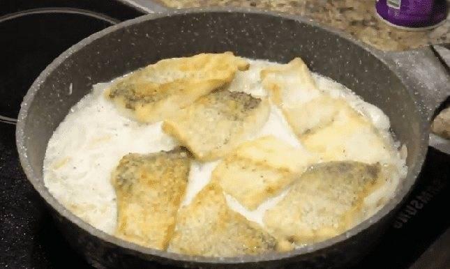 Как приготовить щуку на сковороде: вкусные рецепты (в кляре, молоке или сметане)