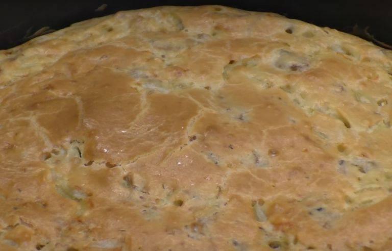Заливной пирог с картошкой – 18 рецептов на кефире, майонезе или сметане