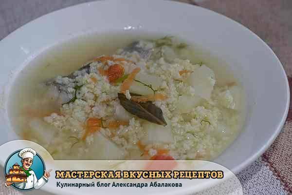 Рыбный суп из минтая - готовим взрослым и детям