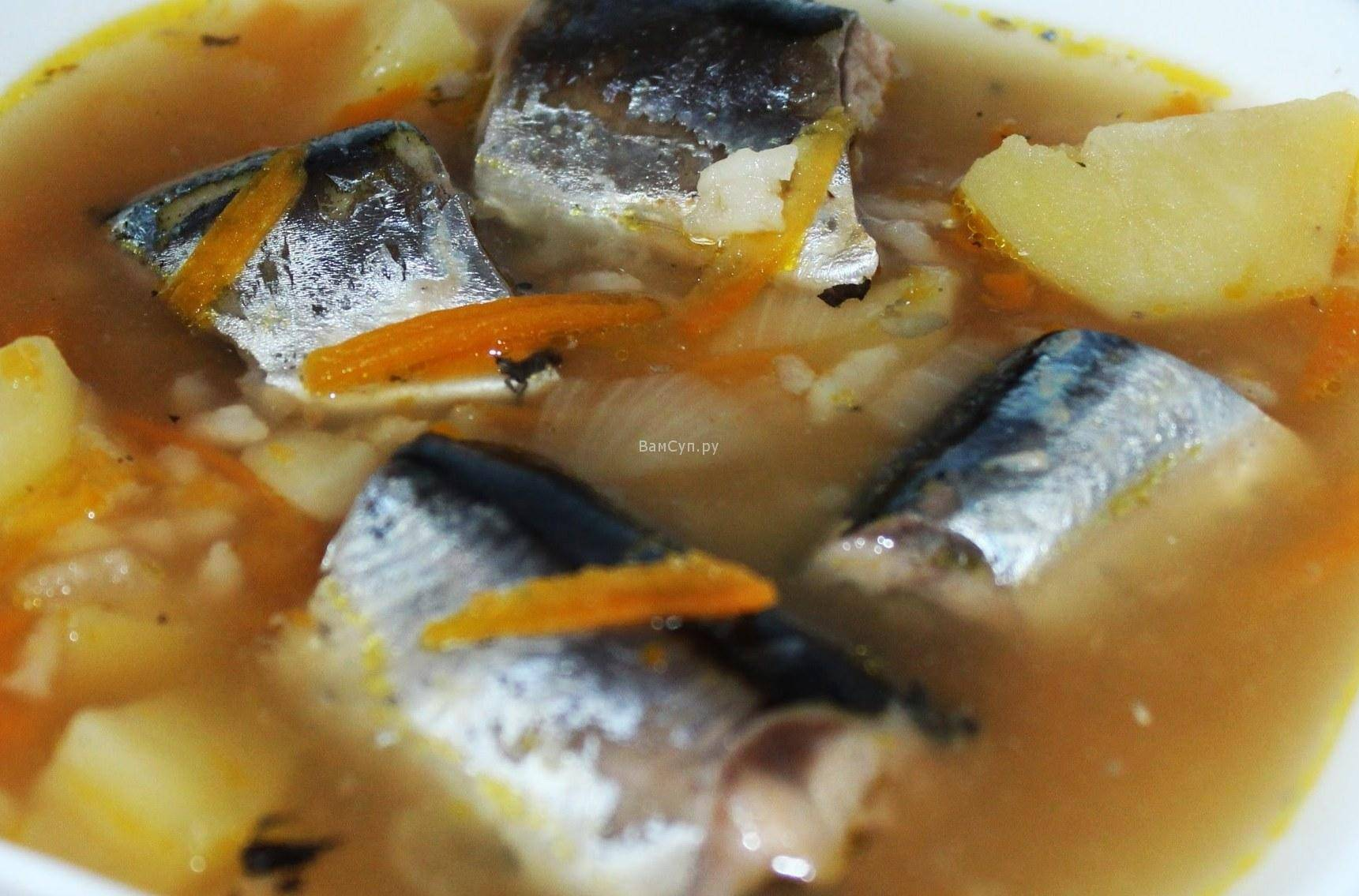Рыбный суп из консервов