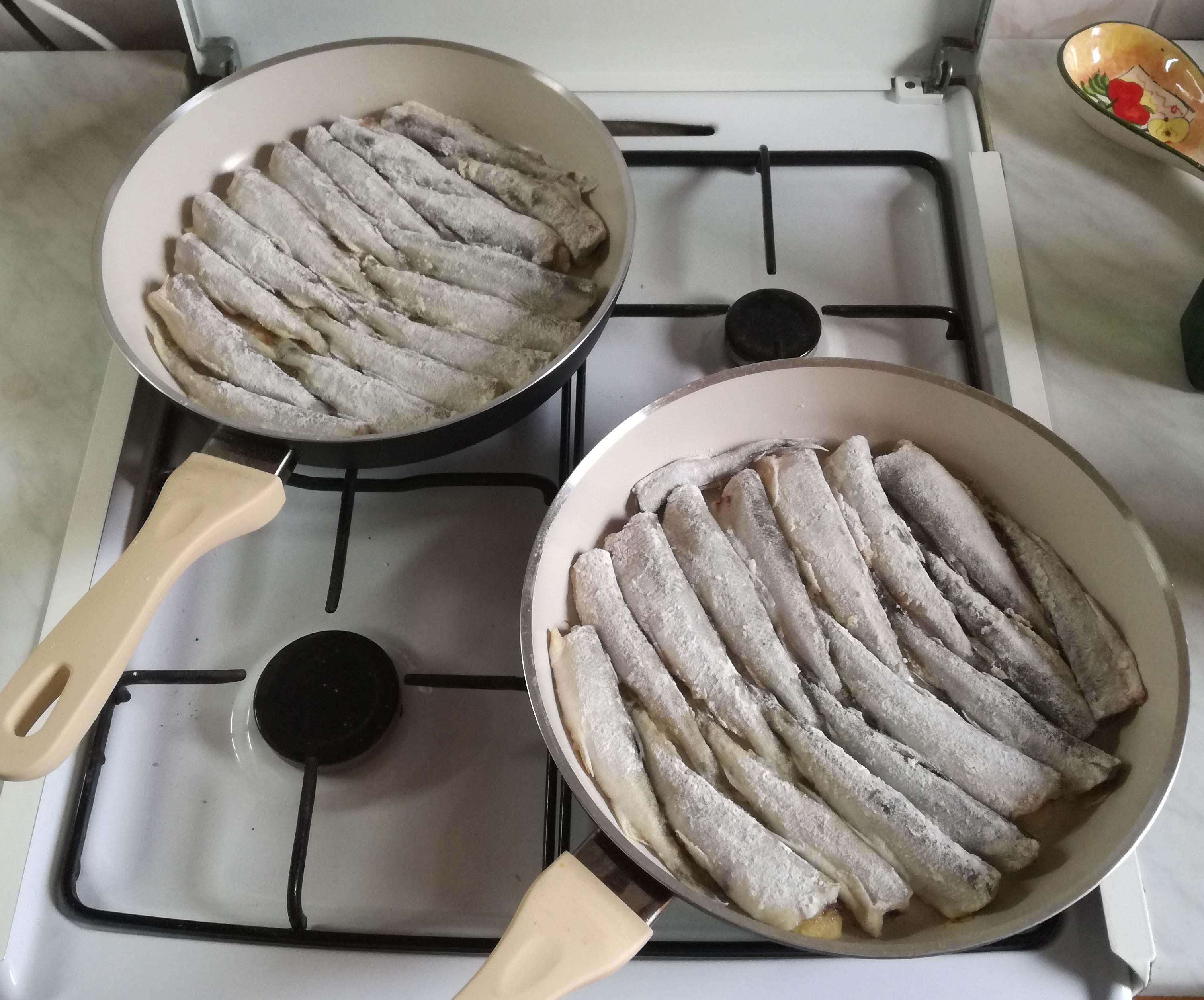 Как правильно пожарить корюшку на сковороде
