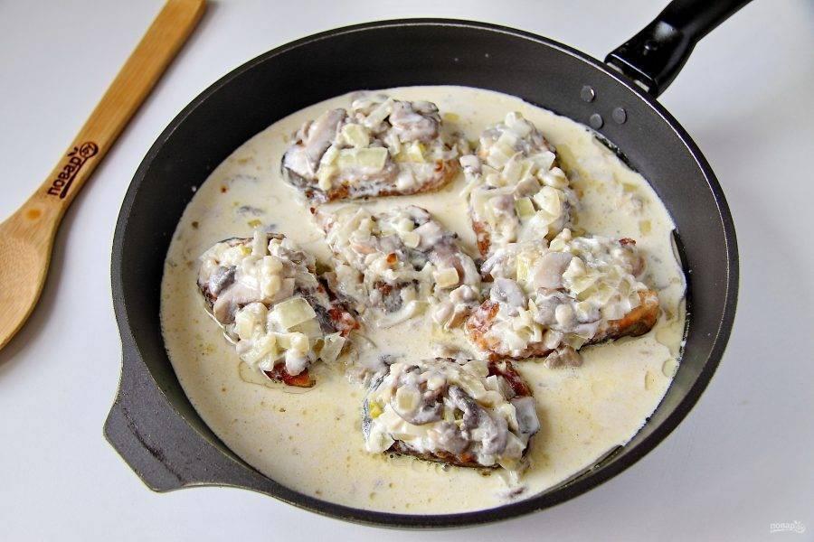 Рыбные тефтели в сметанном соусе – кулинарный рецепт