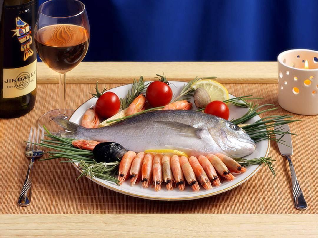 Какое вино выбрать к мясу и рыбе
