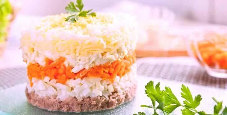 Салат мимоза с рыбными консервами - 8 классических рецептов