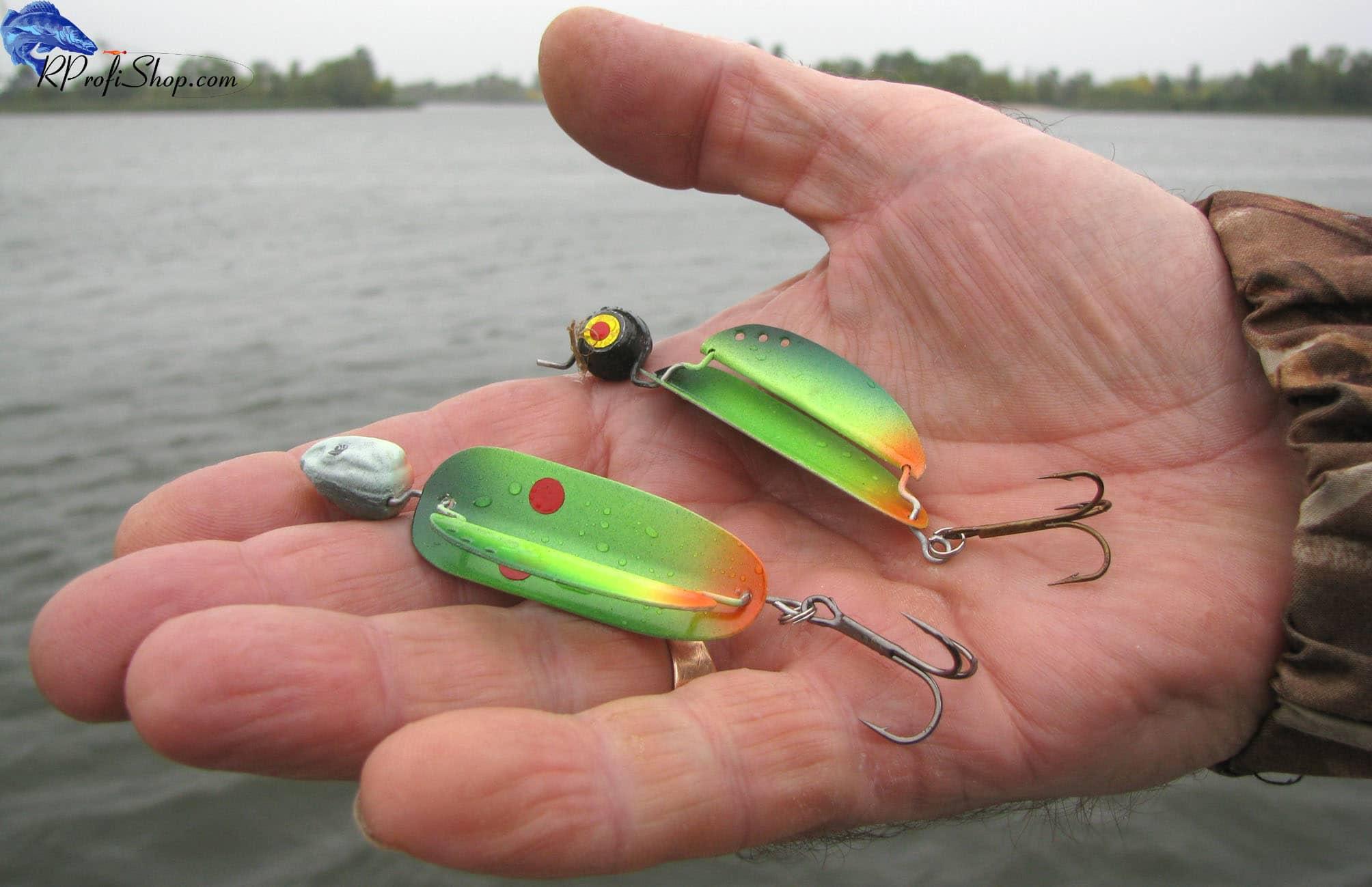 Зимняя рыбалка на форель: как правильно выбрать блесну для ловли