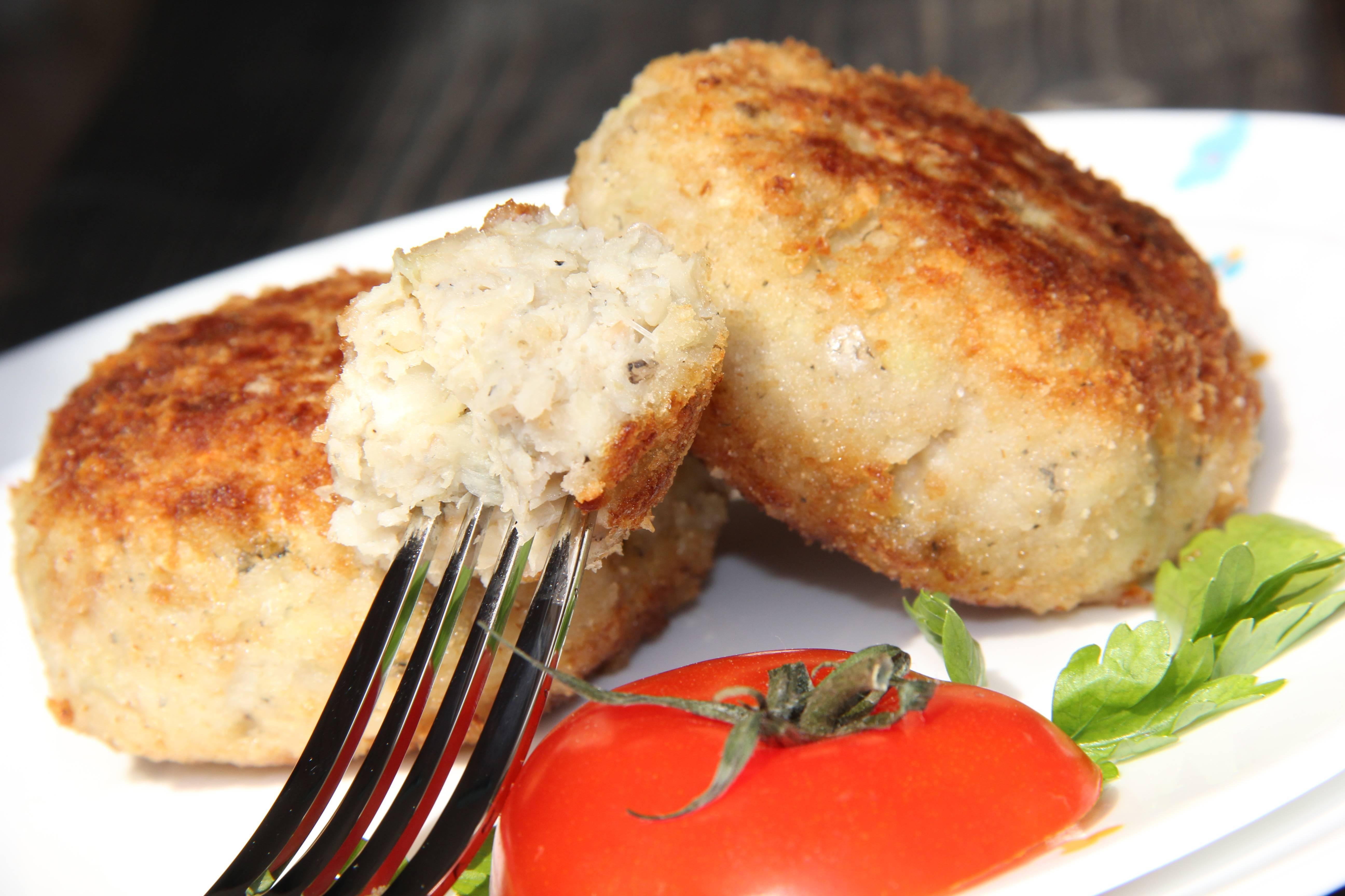 """Котлеты рыбные """"монастырские"""" – кулинарный рецепт"""