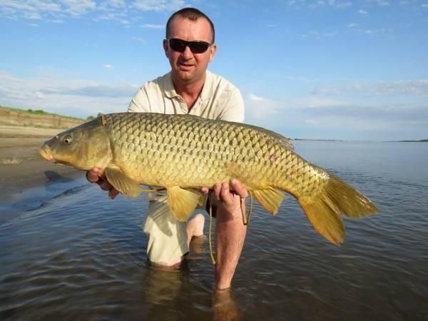 Рыбалка на раскатах в сентябре и другие месяцы, список местных рыболовных баз
