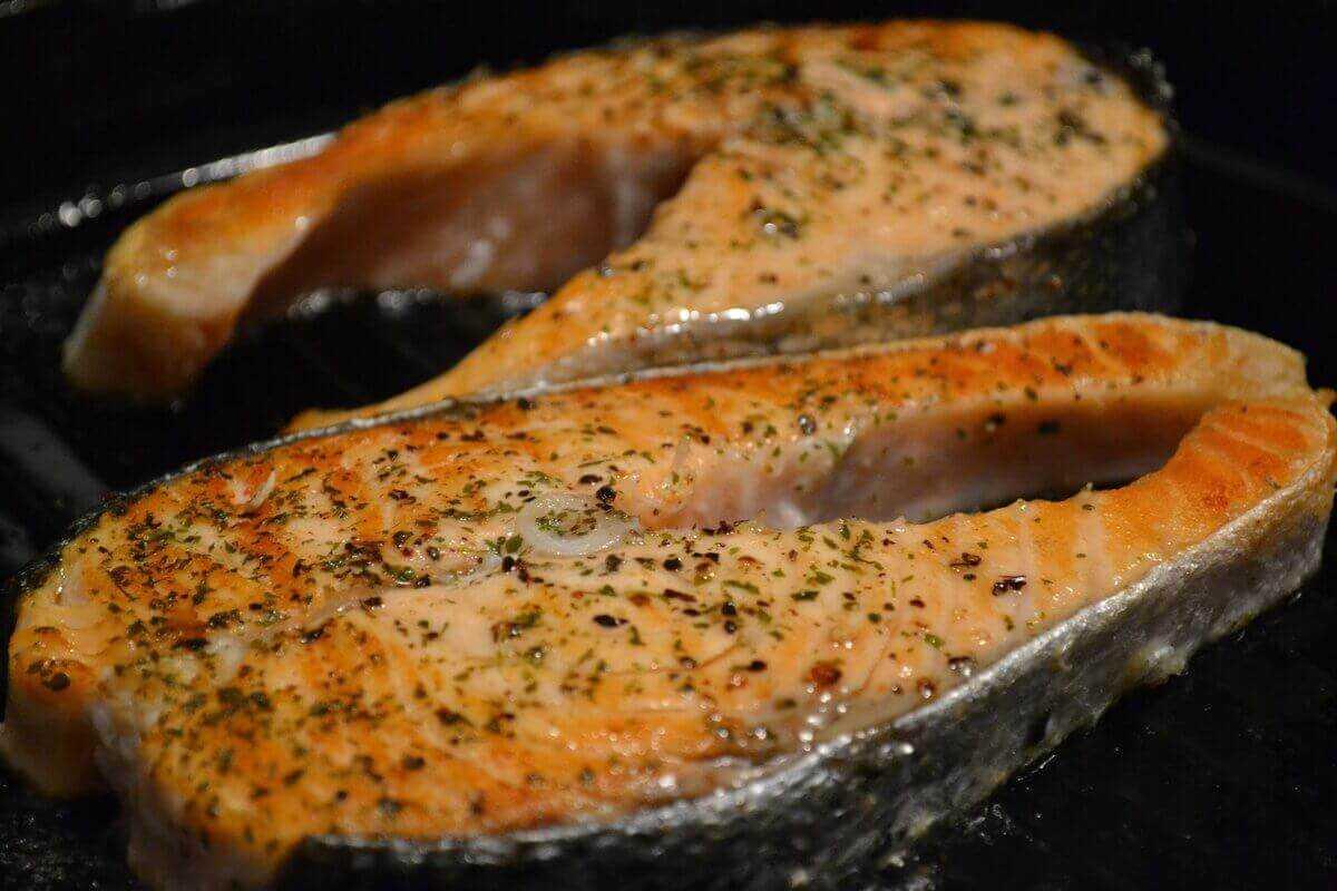Горбуша: калорийность, бжу, польза и вред для здоровья человека